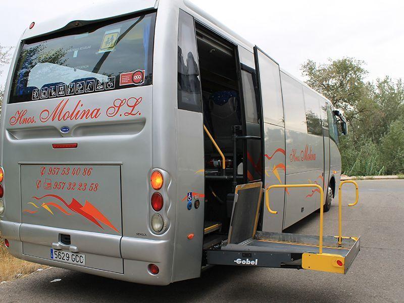 Autocares adaptados en Córdoba 03