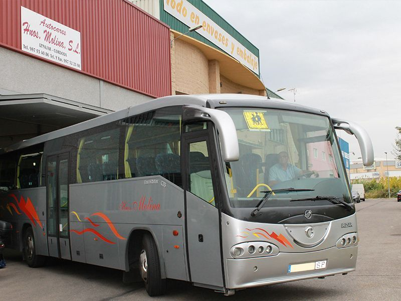 Autocares en Iznajar 06